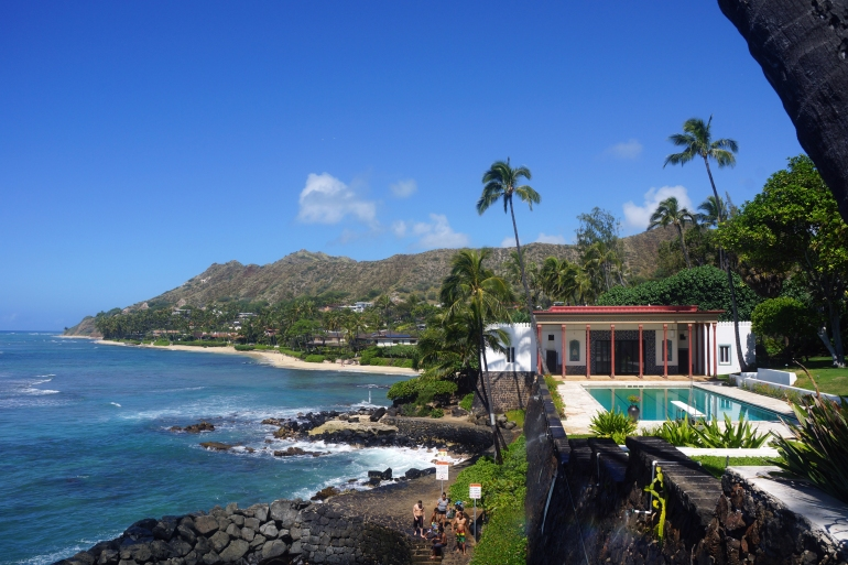 Hawaiian Vacation_Doris Duke Play room