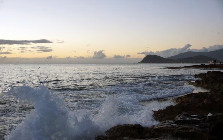 Hawaiian Vacation_Sunset tide