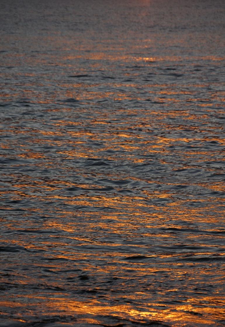 Hawaiian Vacation_Sunset waters