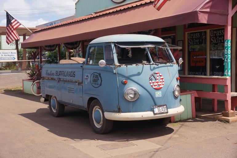 Hawaiian Vacation_VW Americana Bus