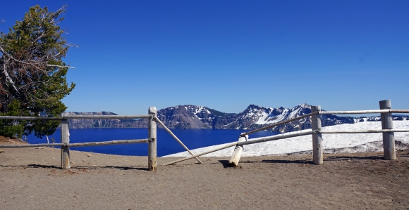 Crater Lake_Fence