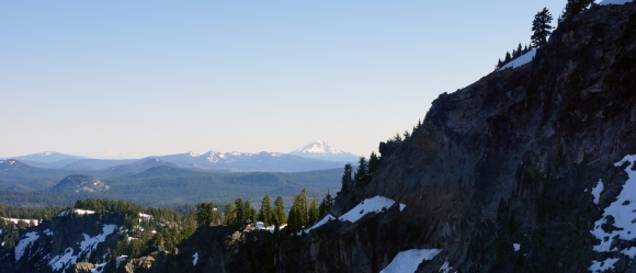 Crater Lake_Hilltops and Mountains