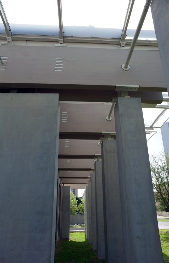 Kimbell Art Museum Addition_Glulam Detail 1