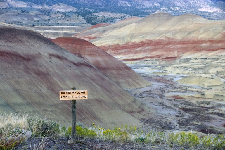 Painted Hills_Warning Sign 2