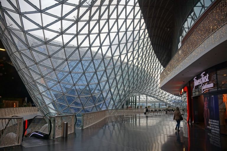 Frankfurt Germany_Myzeil_03