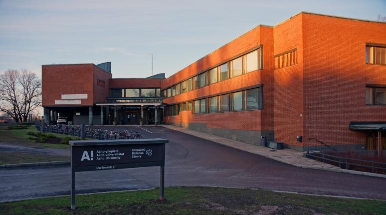 Aalto University_Library Exterior