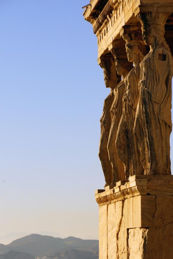 athens_greece_acropolis_caryatids