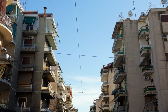 athens_greece_citystreets01